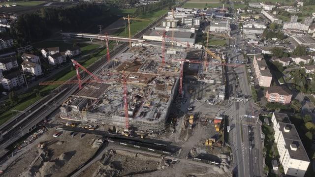 Baustelle des neuen grossen Einkaufszentrums in Ebikon