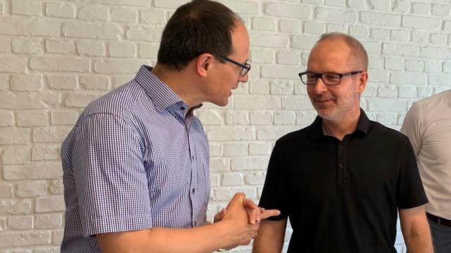 Die beiden St. Galler Regierungsräte Marc Mächler (links) und Stefan Kölliker diskutieren über die tiefe Stimmbeteiligung.