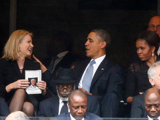 Helle Thorning-Schmidt und Barack Obama an Nelson Mandelas Trauerfeier.