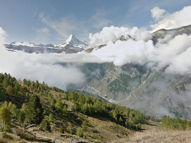 Bergpanorama mit Blick auf das Matterhorn