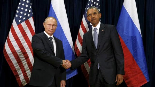 Wladimir Putin e Barack Ombama dattan il maun.