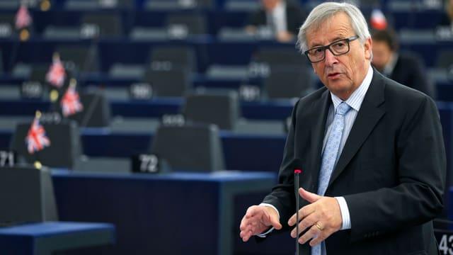 Jean-Claude Juncker vor leerem Ratsraum