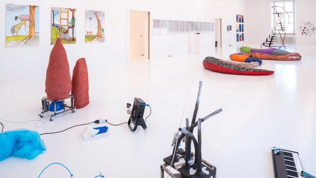 Im Helmhaus werden 40 Kunstwerke von Stadtzürcher Künstler ausgestellt