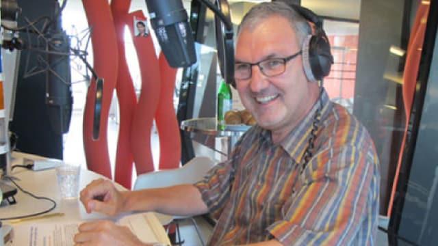 Fast ein Vierteljahrhundert lang schlüpfte Mario Slongo auf DRS1 in die Rolle des Wetterfroschs