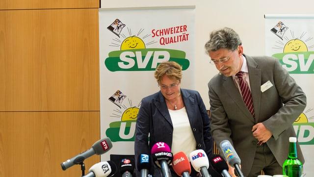 Magdalena Martullo Blocher e Heinz Brand da la PPS grischuna.