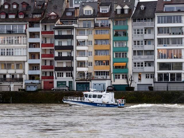 Schiff auf dem Rhein