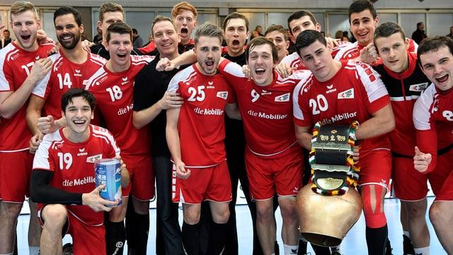 Schweizer Handball-Team jubelt
