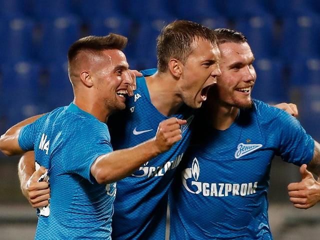Den Spielern von Zenit St. Petersburg gelingt eine fantastische Wende.
