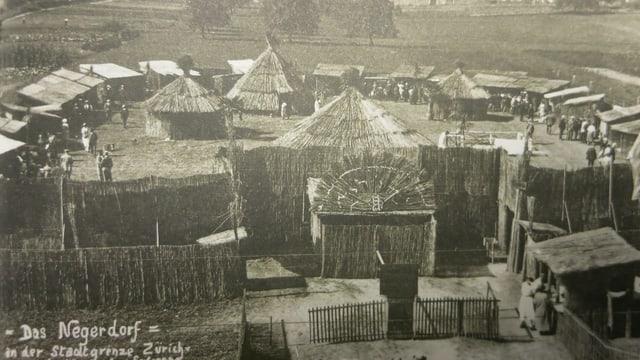 Auf dem Zürcher Letzigrund wurde im Sommer 1925 ein sogenanntes «Negerdorf» errichtet.