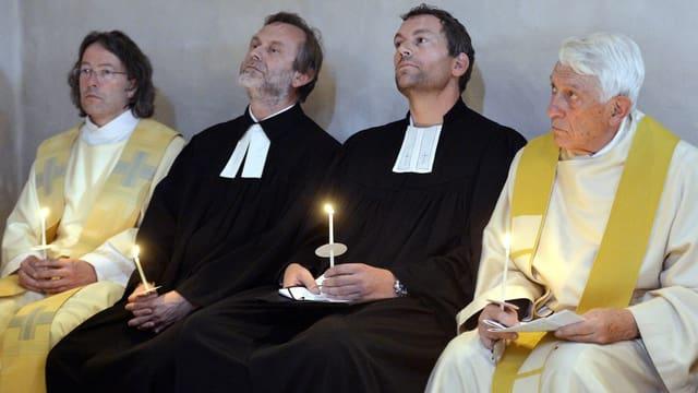 Zwei reformierte und zwei katholische Pfarrer