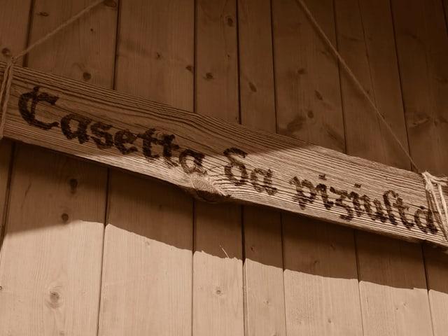 L'inscripziun da la «casetta da piziulta».