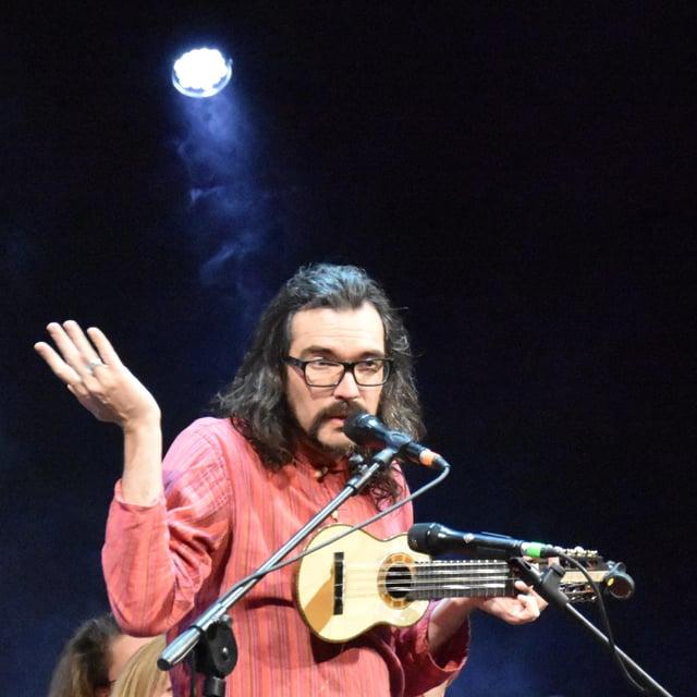 Tumasch è durant il concert al Suns festival 2017