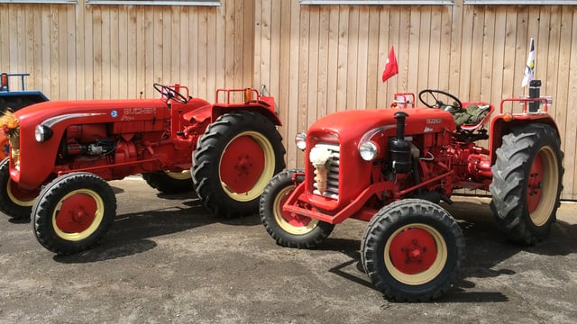 dus tractors vegls cotschens