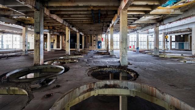 Blick in ein ehemaliges Produktionsgebäude der chemischen Industrie im Klybeck-Areal.