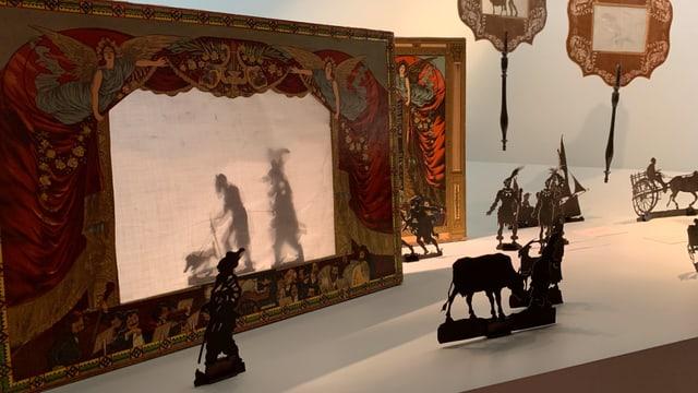 Ein Schattentheater ist ebenfalls Teil der Ausstellung im Bourbaki Panorama.