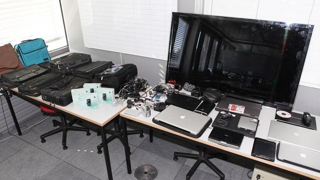 Dutzende Computer, die eine französische Diebesbande aus Schweizer Betrieben stahl