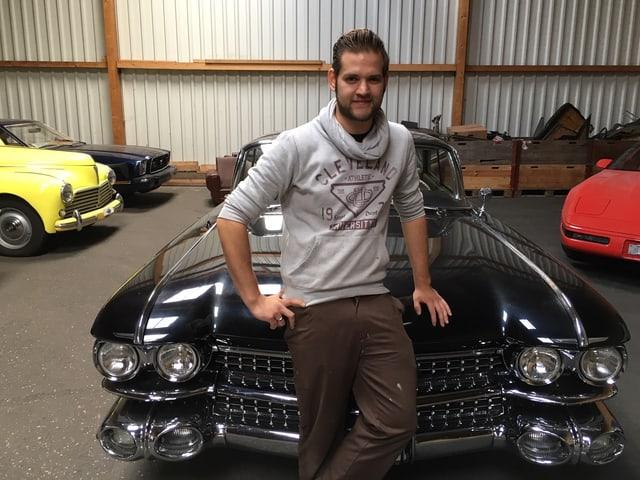 Alte Autos und Nick Vogel.
