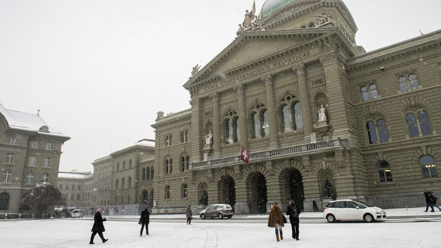 Bundeshaus im Schnee