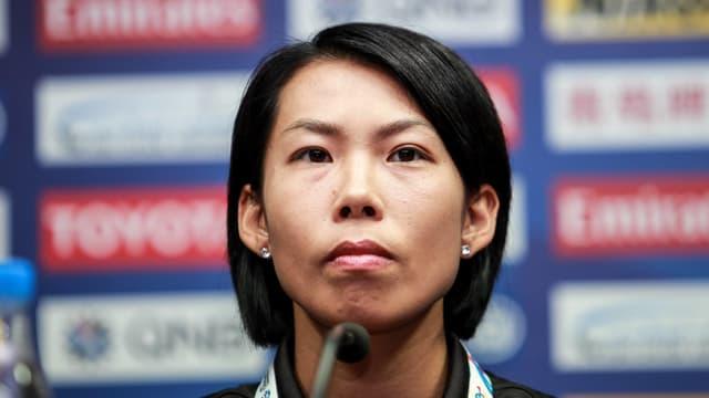 Chan Yuen-ting an der Pressekonferenz des CL-Spiels Eastern Long Lions Hongkong -Guangzhou Evergrande.
