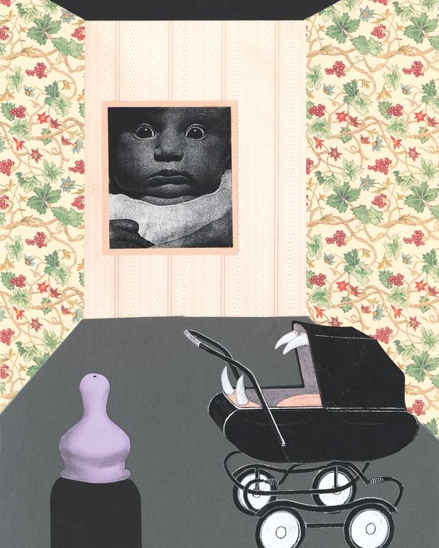 Eine Collage zeigt ein Zimmer mit geblümten Tapeten, im Hintergrund ein grosses Bild eines Babys, im Vordergrund ein Kinderwagen aus dessen Öffnung grosse, spitze Zähne ragen, davor ein überdimensionaler Schoppen.