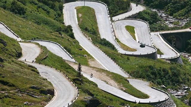 Via Tremola: Warum nicht mal über den Gotthard-Pass statt durchs Tunnel?