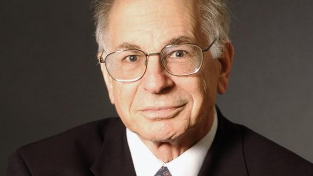 Video «Der Starpsychologe Daniel Kahneman über die Tücken der Intuition» abspielen