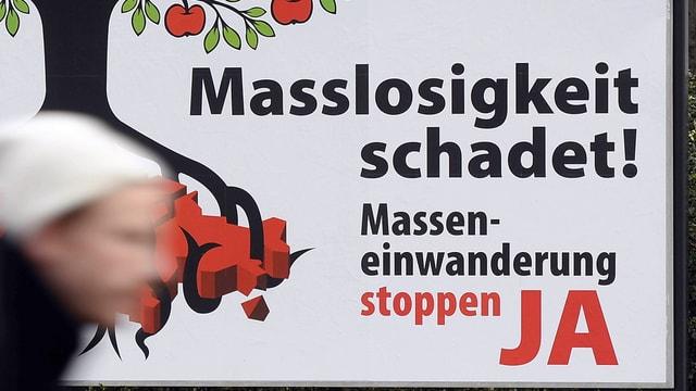 Ein Plakat der Befürworter der Masseneinwanderungs-Initiative.