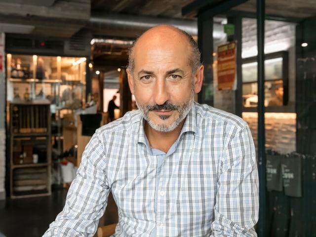 Porträt Aitor Elzerri
