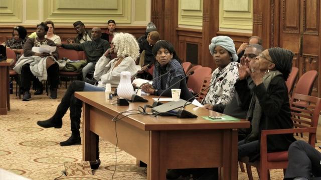 Ein Hearing im Stadtparlament.