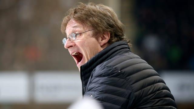 HCD-Trainer Arno Del Curto schreit.