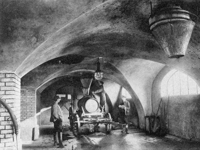 1905 Landwirte holen Dünger in der Stadt.