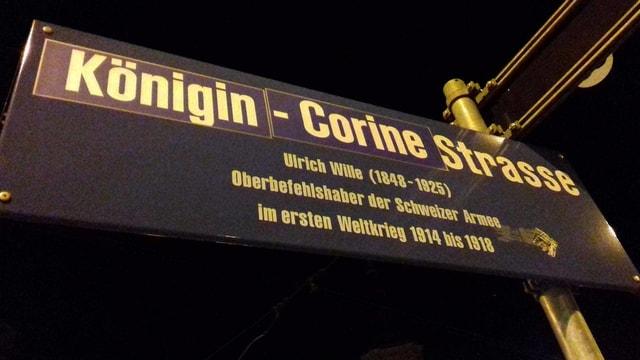 Ein Strassenschild für Zürichs Stadtpräsidentin Corine Mauch mit dem Namen: Königin-Corine-Strasse.