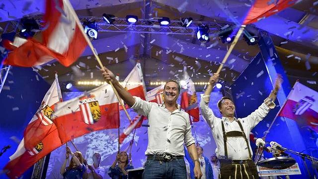 FPÖ-Spitzenkandidat Manfred Haimbuchner (links) und FPÖ-Bundesparteiobmann Heinz-Christian Strache im Wahlkampf.