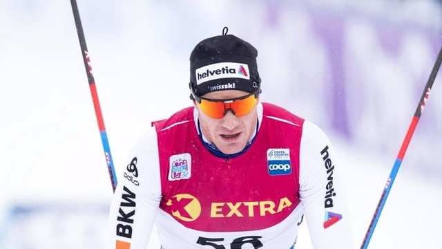 Cologna sin ils skis.
