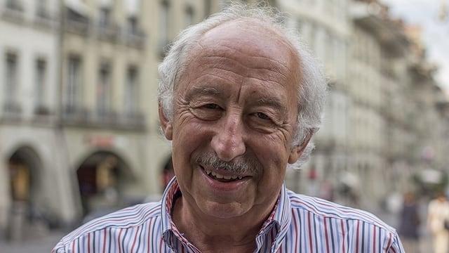 Roland Jeanneret - dus decennis è el stà la fatscha da la Chadaina da Fortuna en la Svizra Tudestga.