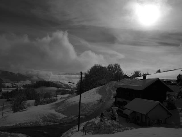 Einfach nur traumhaft, die Winterstimmung in Bäretswil (ZH). (SRF Augenzeuge/Jeannette Fischer)