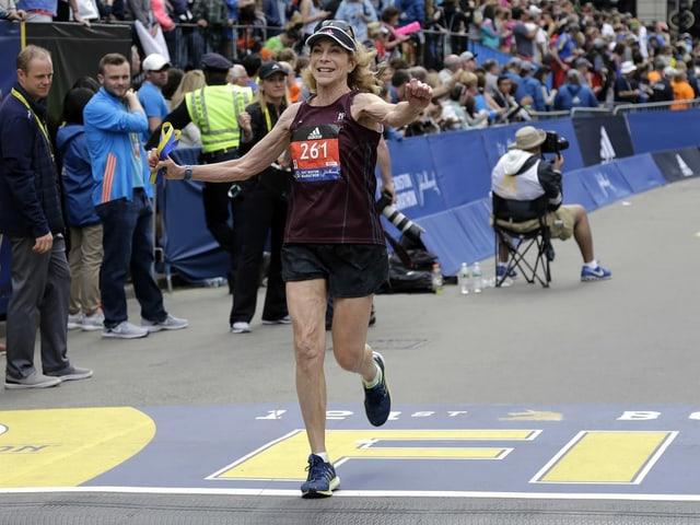 2017 absolvierte Kathrine Switzer den Boston-Marathon noch einmal erfolgreich.