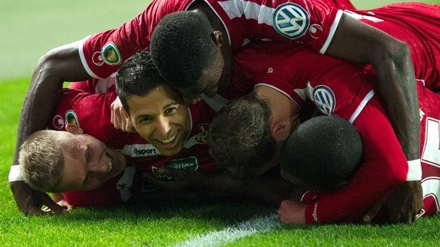 Kaiserslautern wirft Berlin aus dem Pokal.