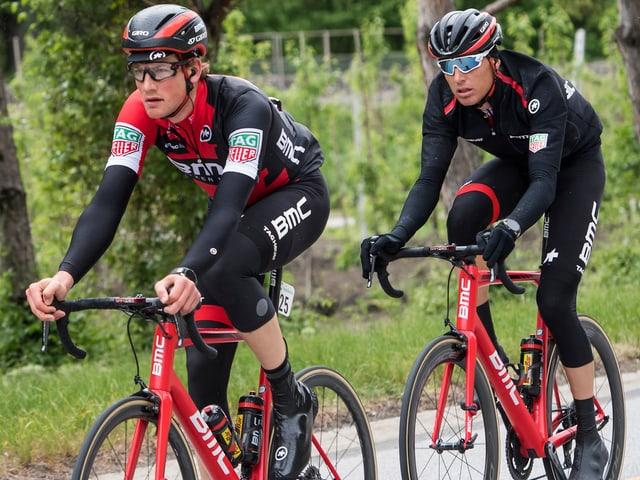 Die beiden Schweizer Stefan Küng und Michael Schär.