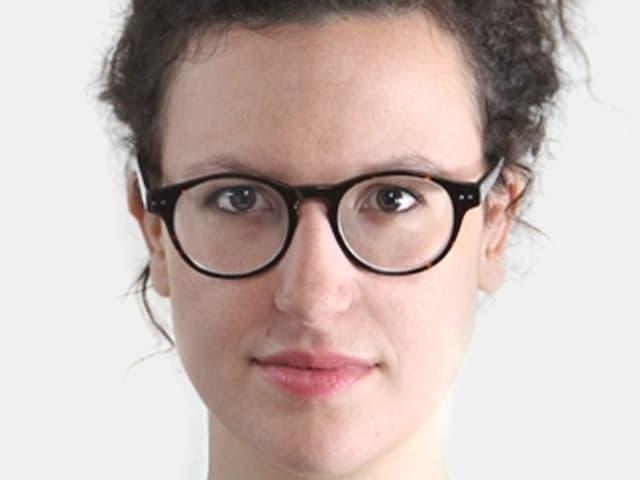 Portraitbild von Ivna Zic, der Hausautorin des Luzerner Theaters.