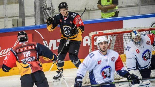 giugaders da hockey sa legran da lur gol