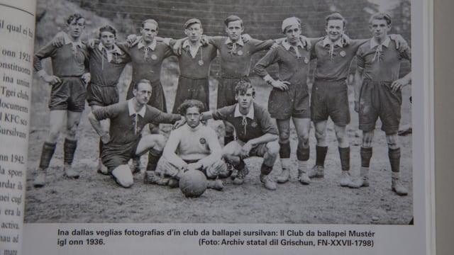 Il club da ballape da Mustér l'onn 1936.