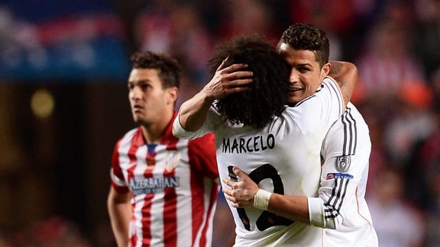 Marcelo umarmt Ronaldo