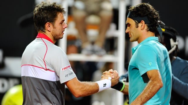 Stan Wawrinka und Roger Federer beim Handshake am Netz