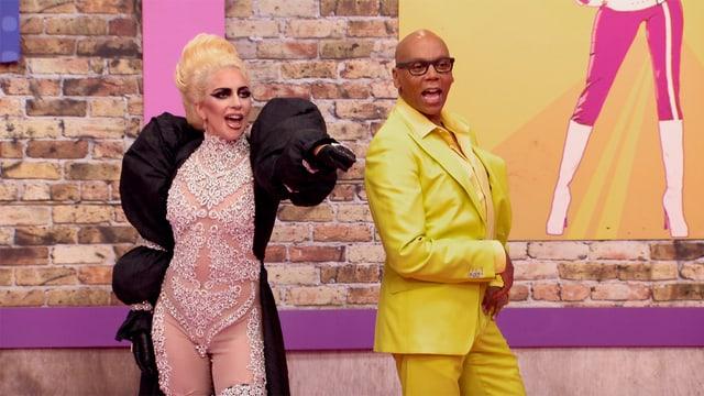 Lady Gaga und Host RuPaul