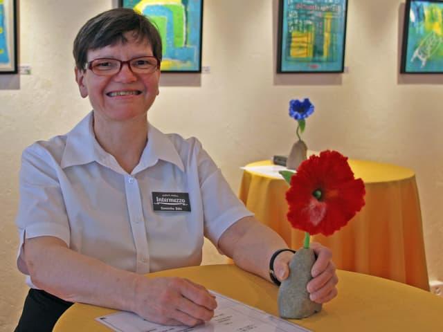 Dominika Böhi, eine der Angestellten mit einer Beeinträchtigung.