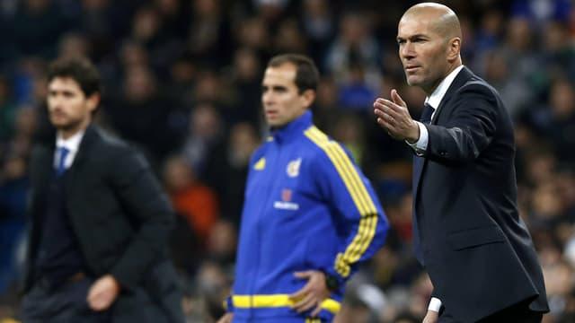 Zinédine Zidane bei seinem Debüt als Real-Trainer.