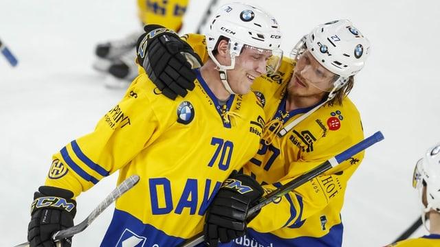 Ils dus giugader da Tavau, Enzo Corvi e Magnus Nygren.