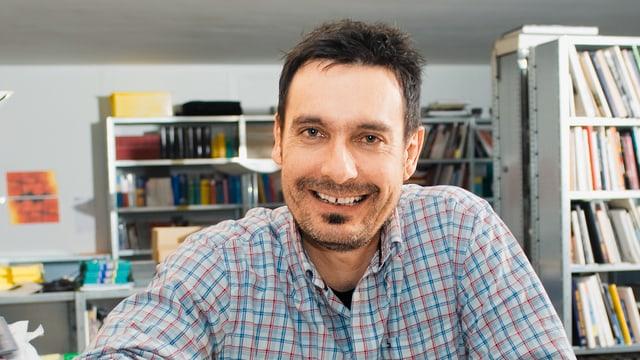 Porträt von Jürg Gautschi.
