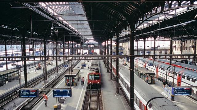 Eine Bahnhofshalle